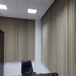 厂家直销医用隔帘医用窗帘布医院窗帘阻燃环保防菌卫生透气会议室